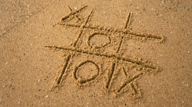 tic tac toe on beach | Coastline Realty Vacations