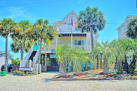 Heaven Vacation Rental Home on Topsail Island | Coastline Realty Vacations